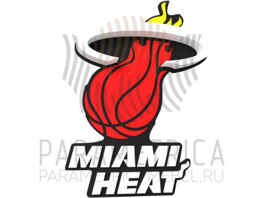 Деревянный декор Miami Heat.